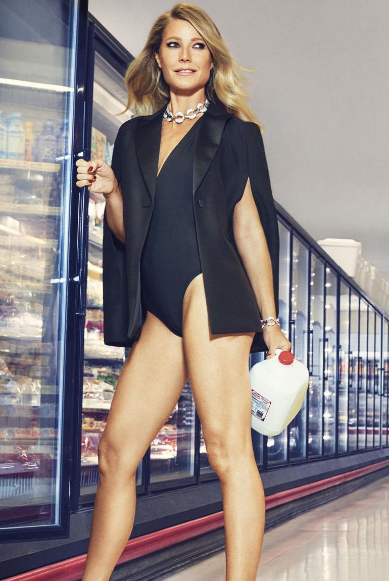 Gwyneth Paltrow makes  mundane grocery store sexy!!