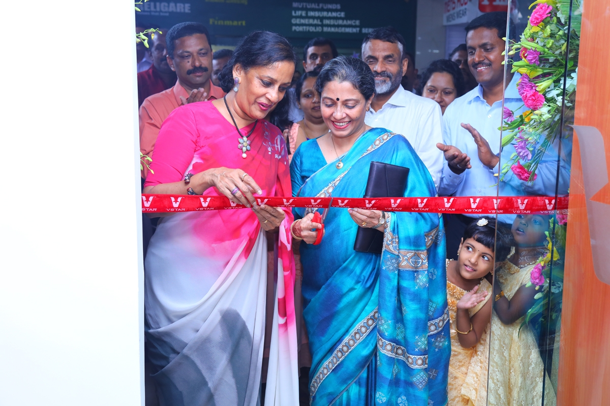 V-STAR OPENS ITS EXCLUSIVE BRAND OUTLET IN KOTTAYAM