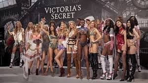 Victoria's Secret bucks bra trend, hopes to lift sales by return to roots