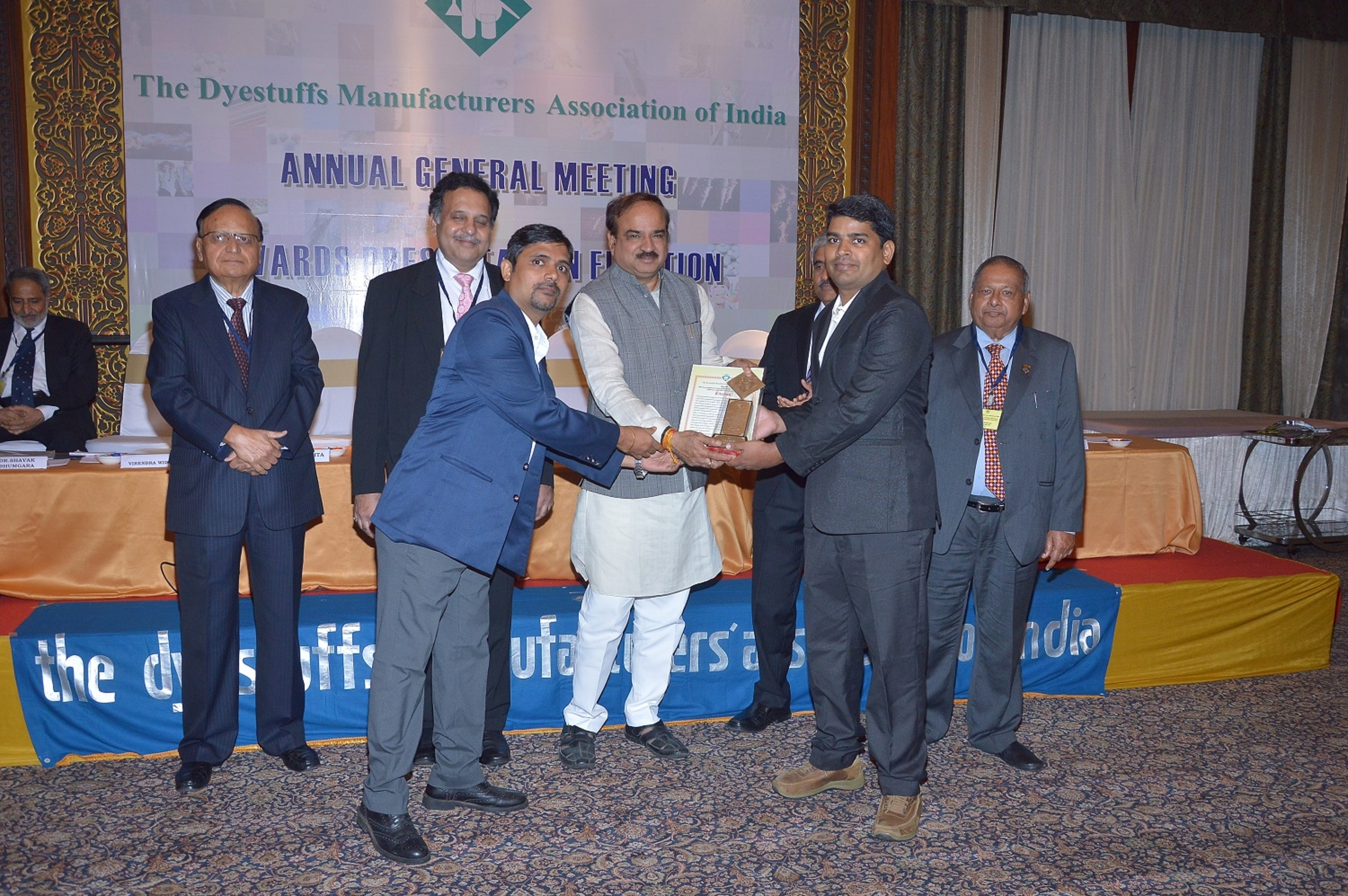 Huntsman Textile Effects wins Dyestuff Manufacturers'Association of India Award