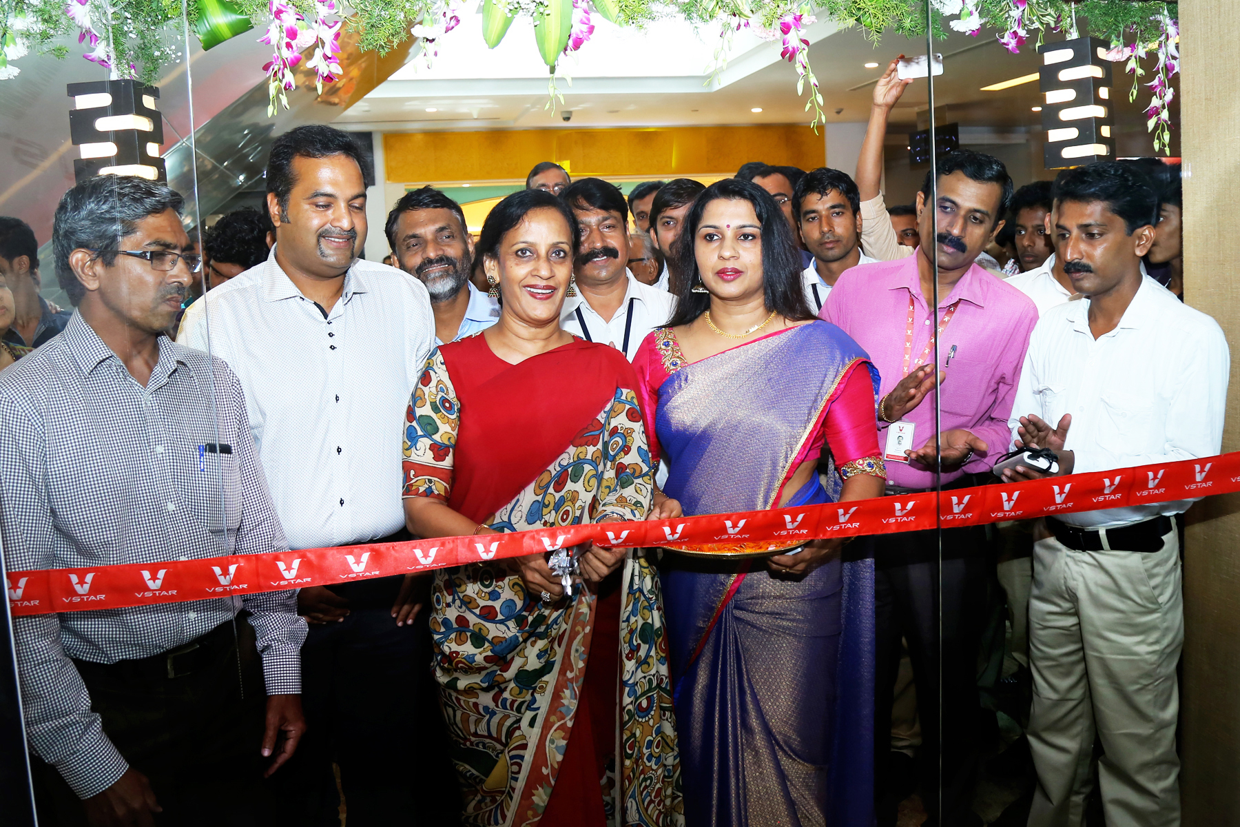 V star opens brand outlet in Thrissur